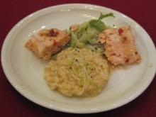 Teriyaki-Lachs auf Wasabi-Gurkensalat an Safranrisotto - Rezept
