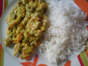 Curry Zucchini mit Basmati-Reis - Rezept