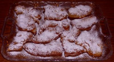 Kleingebäck - Tawa-Tawas (süsse Teigtaschen) - Rezept