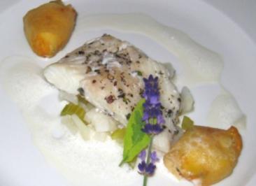 Heilbutt mit Zitronenthymian an Kartoffel-Meerrettichpralinen - Rezept