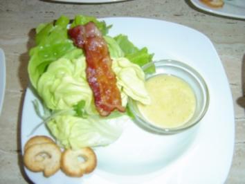 Blattsalat mit Schinken an Parmesandressing - Rezept
