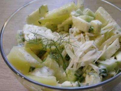 Kartoffelsalat mit Gurken und Äpfeln - Rezept