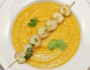 Möhren-Orangen-Suppe dazu Garnelenspieß (Konrad Krauss) - Rezept