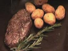 Gegrilltes Straußenfilet mit Kartoffeln und Gurkensalat (Martin Semmelrogge) - Rezept
