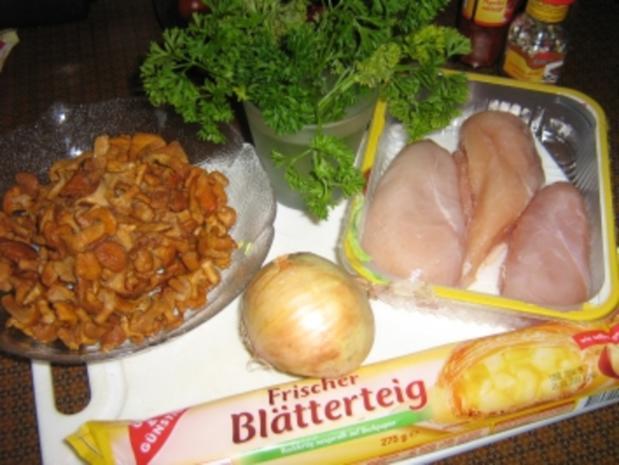 Hähnchenbrust mit Pfifferlingen in Blätterteig - Rezept - Bild Nr. 2