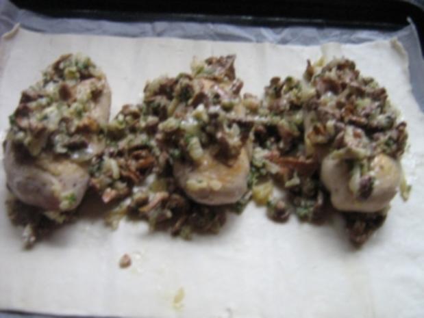 Hähnchenbrust mit Pfifferlingen in Blätterteig - Rezept - Bild Nr. 11