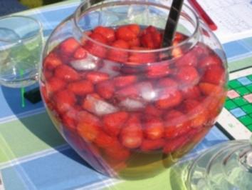 Erdbeerbowle - Rezept