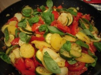Zucchini-Tomaten-Pfanne - Rezept