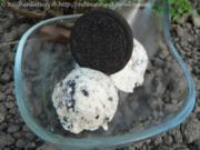 Vanille-Eiscreme mit Oreos - Rezept