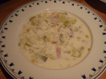 Rezept: Lauchsuppe mit Schinken und Parmesan