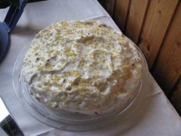gluten-/weizenfreie schwedische Mandeltorte ala linda-marie mit Preiselbeeren - Rezept