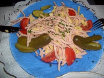 Salat-Wurstsalat mit Käse - Rezept
