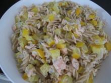 Leichte Lachsnudeln mit Zucchini - Rezept