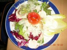Salatkomposition  mit einer Sommervinaigrette - Rezept