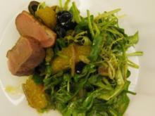Karamellisierte Entenbruststreifen auf mediterranem Sommersalat - Rezept