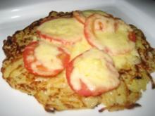 Reibekuchen mit Tomate und Käse - Rezept