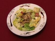 Bunter Salat mit gebratenen Champignons an Senf-Honig-Dressing (Isabell Hertel) - Rezept