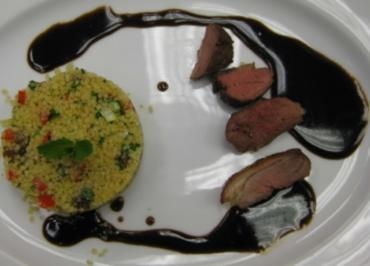 Couscous Salat mit gebratenen Entenfilets - Rezept
