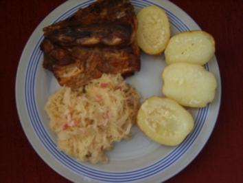 Dicke Rippe mit Speckkraut und Backkartoffeln - Rezept