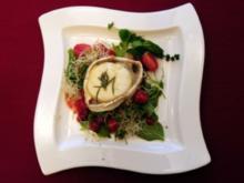 Gratinierter Ziegenkäse auf Postelei-Salat mit Himbeerdressing (Davorka Tovilo) - Rezept