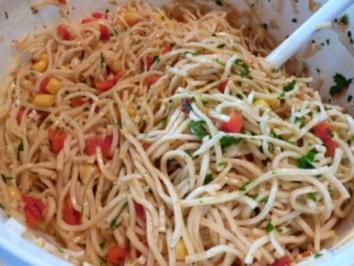 Salate: Mie-Nudel-Salat - Rezept