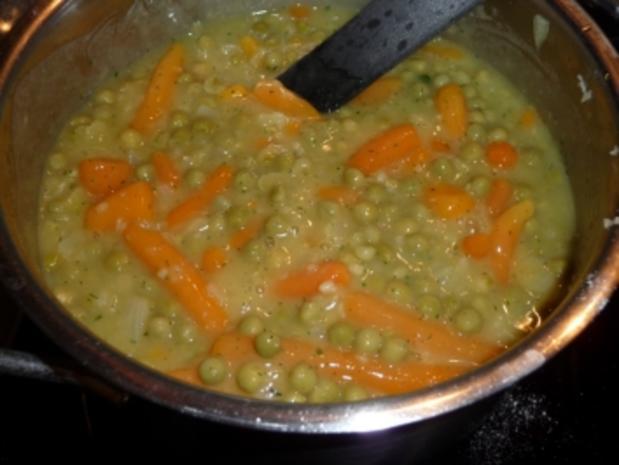 Schafskäse-Buletten mit gemischtem Gemüse und Kartoffeln - Rezept - Bild Nr. 3