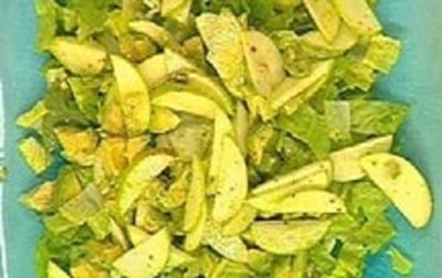 Salat mit grünem Apfel - Rezept