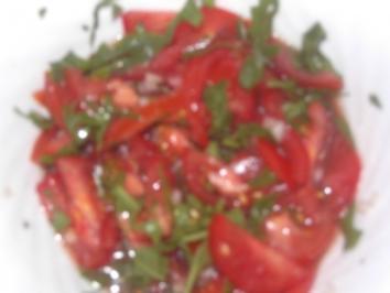 Rezept: Tomatensalat mit Rucola