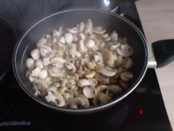 Einfache Champignon- Soße - Rezept