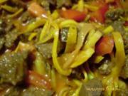 Zucchini - Juliennes mit Tatar an Reis - Rezept