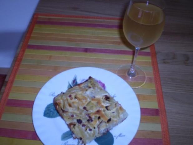 Zwiebelkuchen vom Blech - Rezept