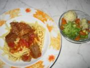 Kokkinisto-Rindfleisch in Tomatensoße - Rezept