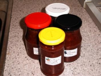 Mirabellen-Marmelade mit Nüssen und Gewürzen - Rezept