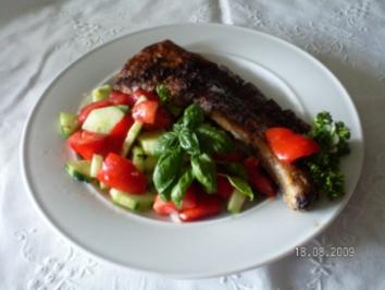 Falsches Kotelett mit Tomaten - Gurkensalat - Rezept