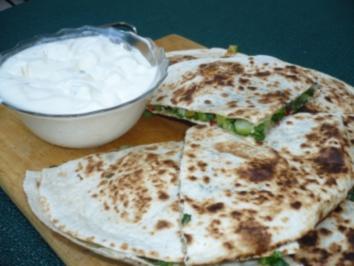 Quesadillas mit Sour Cream - Dip - Rezept