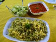 Tagliatelle Tomate/Paprika - Rezept