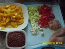 Fleisch:  Hähnchenbrustcurry mit Gemüse und rotem Reis - Rezept