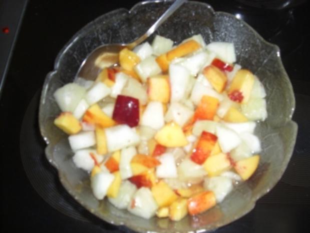 Inges Sommeressen -geeister Obstsalat mit Griesbrei - Rezept