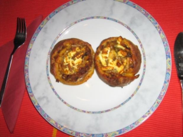 Pizza-Schnecken mit Hack und Feta - Rezept - Bild Nr. 7
