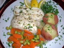 Pochiertes Fischfilet in Zitronensosse - Rezept