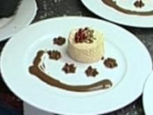 Mocca cotta mit Creme Canache und Schokosoße - Rezept