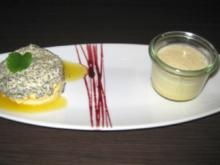 Mohnmousse mit Mangosoße auf Buttercreme und Marzipan mit Vanille-Espuma - Rezept