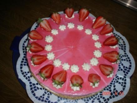 erfrischende erdbeer-joghurt torte, - Rezept
