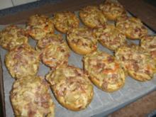 Pizza-Brötchen - Rezept