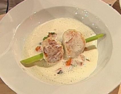 Bataten-Kokos-Suppe mit Zitronengras-Garnelen-Spieß - Rezept