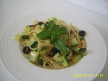 Spaghetti mediteran - Rezept
