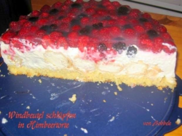 Torte: Windbeutel schlüpft in Himbeertorte - Rezept