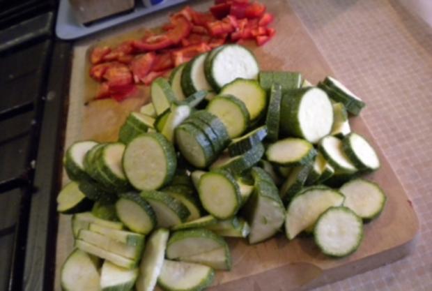 Pikantes Gebäck: Gemüsestrudel - Rezept - Bild Nr. 3