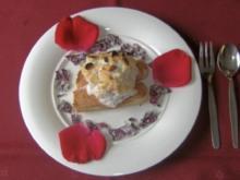 Grazie - Gratiniertes Erdbeereis mit kandierten Rosenblättern - Rezept
