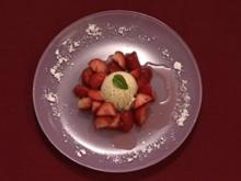 Marinierte Erdbeeren mit Vanilleeis (Andreas Elsholz) - Rezept